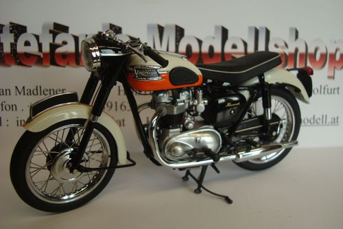 Bonneville 650 T 120  1959 CREM-Orange