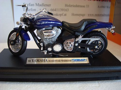 Road Star Warrior  2002 Blau