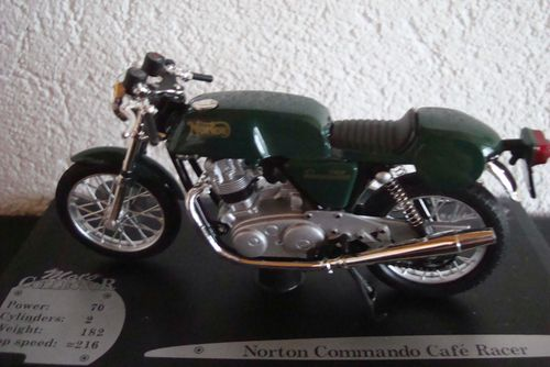 850 Commando Cafe Racer