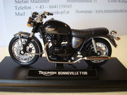 Bonneville T 100 Phantom Black