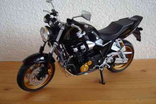 CB 1300 Super Four goldene Felgen