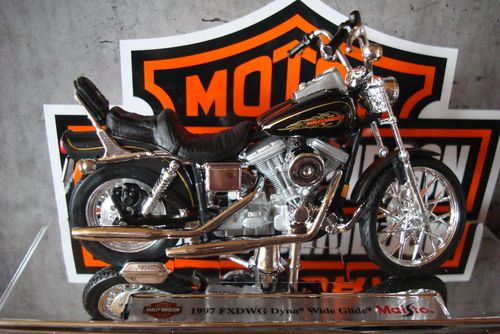 1997  FXDWG Dyna Wide Glide Serie 32