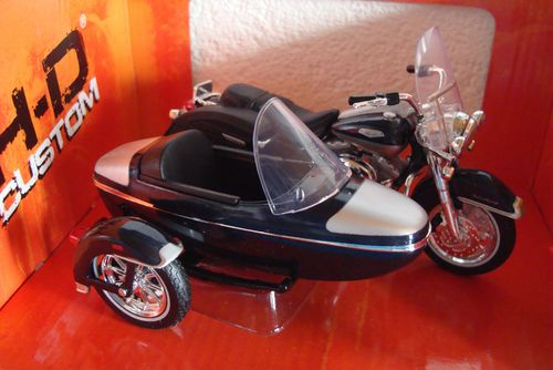 2001 FLHRC Road King Classic Sidecar